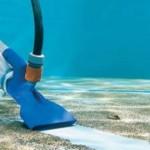 pulizia fondali piscina