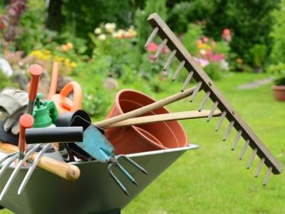 equipement_jardinage-mb1r9d1ro9oqehzj3n3lv58m7pd6fctrf2adlw55mg